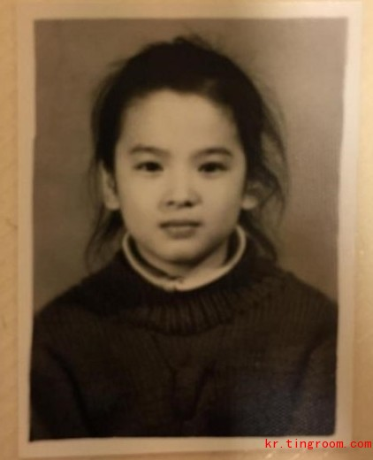 """"""",""""宋慧乔小时候真的好可爱啊!"""",""""现在是女神,以前是小可爱啊!"""
