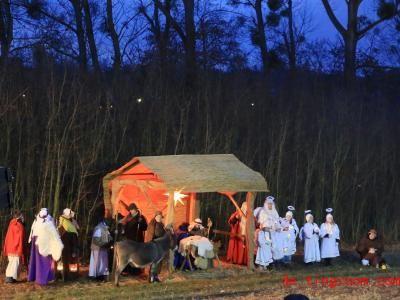 Die Weihnachtsgeschichte wird beim Krippenspiel auch heute noch oft aufgeführt. Foto: Peter Gercke/dpa