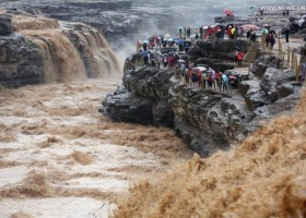 壶口瀑布进入最佳观赏期 Best time of year to visit Hukou Waterfall!