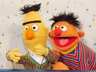 Ernie und Bert sind beste Freunde. Foto: Georg Wendt/dpa