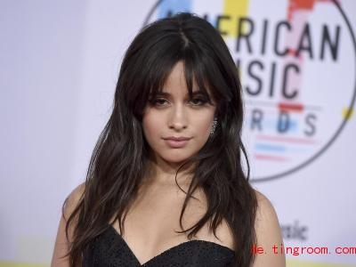 Camila Cabello hat etwas geklaut. Und das auch noch im Königshaus!. Foto: Jordan Strauss/Invision/AP/dpa