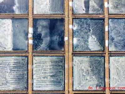 Wer Meerwasser verdampfen lässt, kann Salz gewinnen. Foto: Wei Peiquan/XinHua/dpa